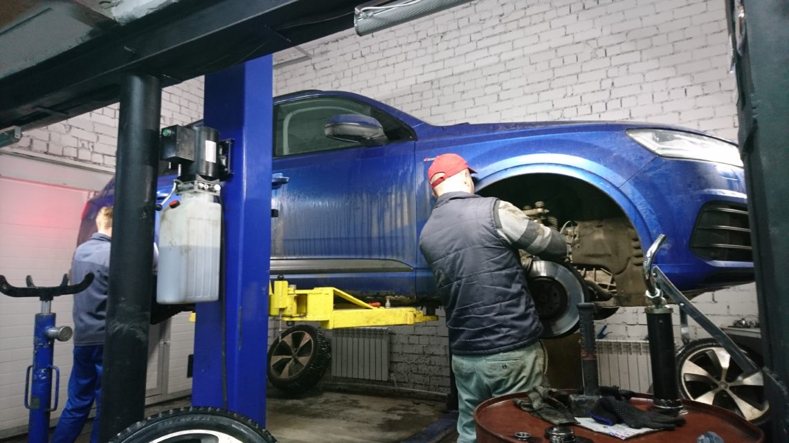 Audi Q7 Замена колодок